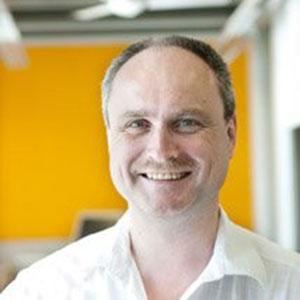 Ralph Knöll speaking at BioData & Genomics Live