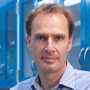 Stephan Schuster speaking at BioData & Genomics Live