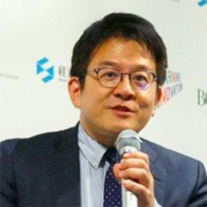 Asano Daisuke speaking at EduTECH Asia