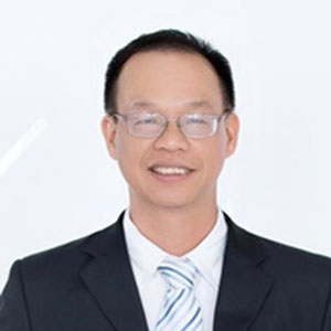 Nguyễn Nam Trung speaking at Future Energy Show Vietnam