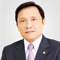 Nguyen Phuoc Duc at The Power & Electricity Show Vietnam 2019