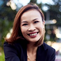 Yvonne Lim | Principal, FutureNow Innovation Centre & Singtel 5G Garage | Singtel » speaking at Telecoms World