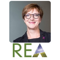 Nina Skorupska | Chief Executive Officer | The Renewable Energy Association » speaking at Solar & Storage Live