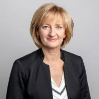 Lynette Dujohn | Chief Information Officer | Vancouver Airport Authority » speaking at Aviation Festival USA
