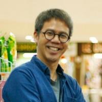 Jonathan E Chua
