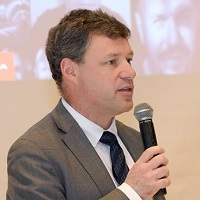 Erik-Wilhelm Graef Behm at Connected Europe 2017