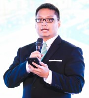 Aldric Benjamin Z De Leon at Power & Electricity World Philippines 2018