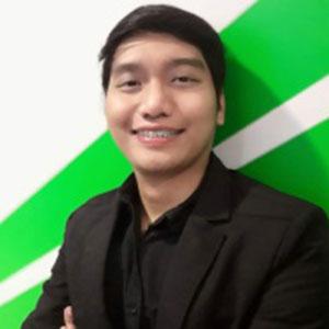 Nino Proded Ponce speaking at EDUtech Philippines