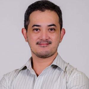 Red Mendoza speaking at EDUtech Philippines