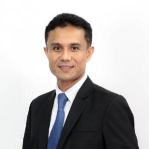 Asst Prof Denpong Soodphakdee Ph.D. speaking at EDUtech Thailand