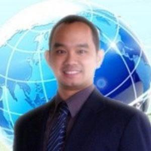 Dr Vorasuang (Michael) Duangchinda speaking at EDUtech Thailand