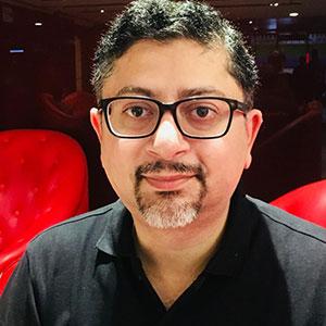 Puneet Gupta speaking at Seamless Philippines